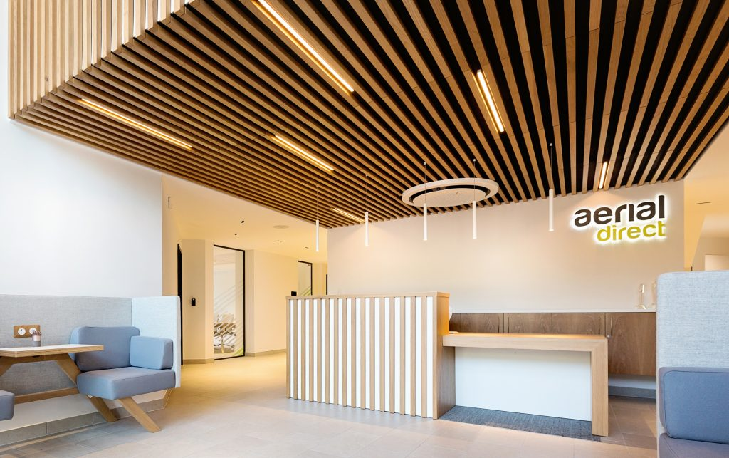 Timber slat ceiling using Vtec's Supaslat 3 modular design in south coast offices