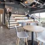 Flexible Office Steps with integrated Seating